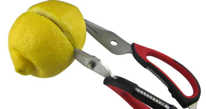 8 Things You Never Thought To Do With Your Kitchen Scissors